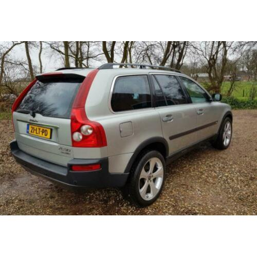 Volvo XC90 2.4 D5 Geartronic 7 PERSOONS Automaat